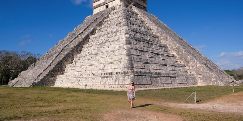 Exploring the Mayan Ruins of Chichén Itzá // Mexico